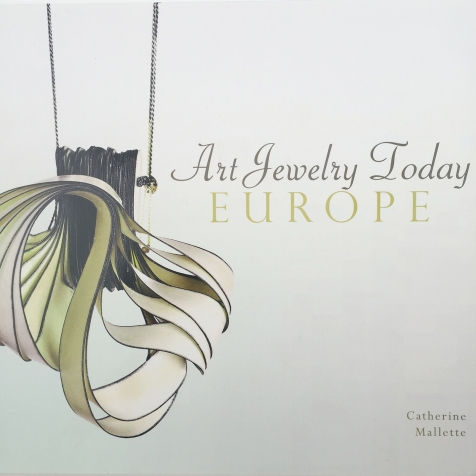 Art Jewelry Today EUROPE - ISBN:978-0-7643-4678-1