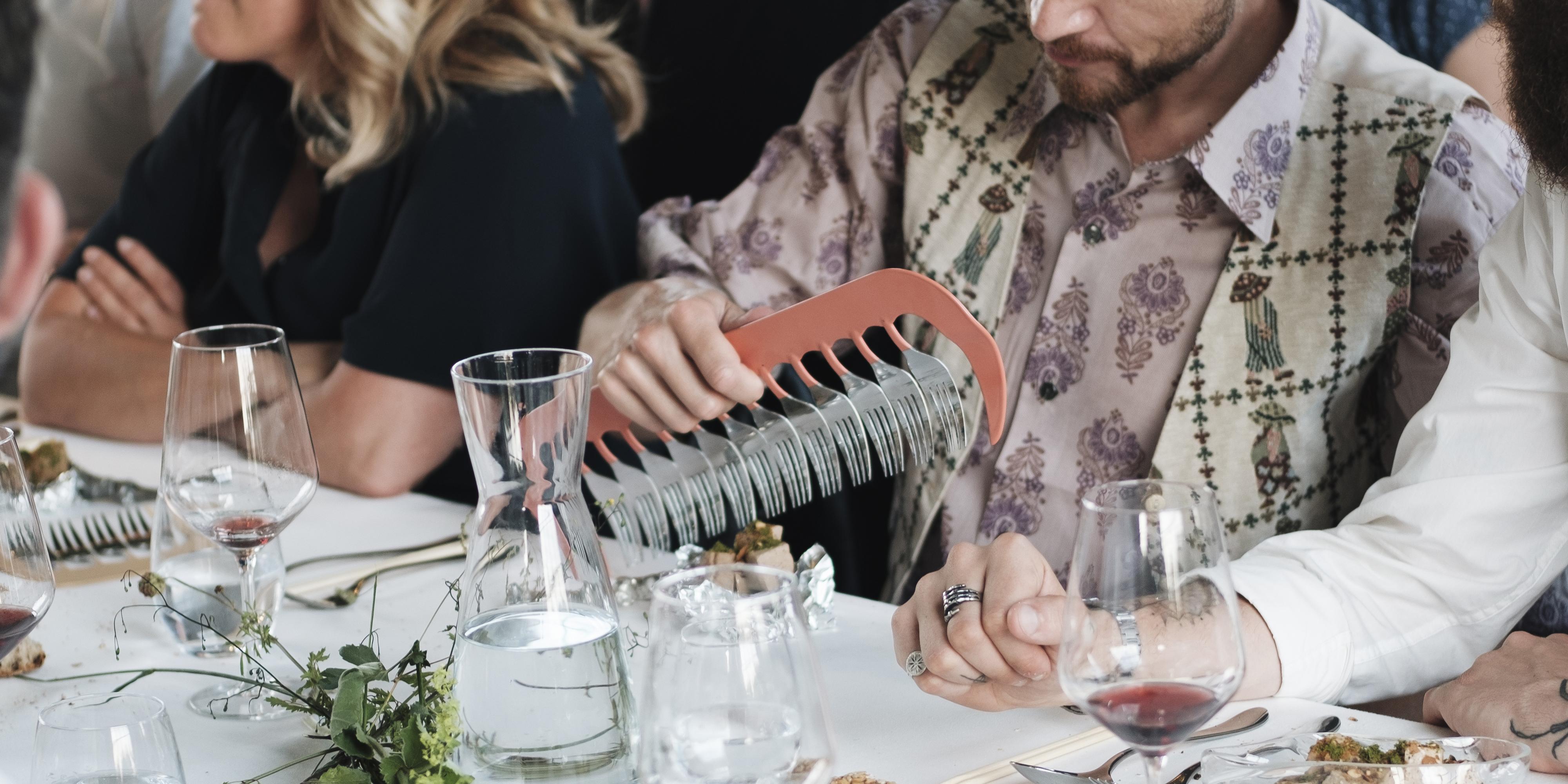 Rachael Colley_Cutlery comb at Steinbeisser, June 2019_image by Kathrin Koschitzki